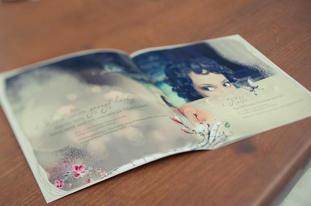 minou-cover-001
